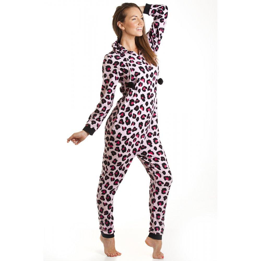 pyjama combinaison femme pr t porter f minin et masculin. Black Bedroom Furniture Sets. Home Design Ideas
